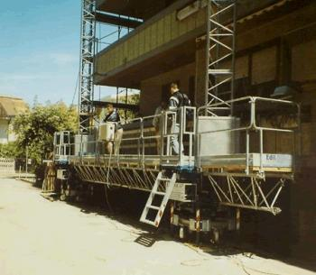 Twin mast platform ESI - balconies restoration