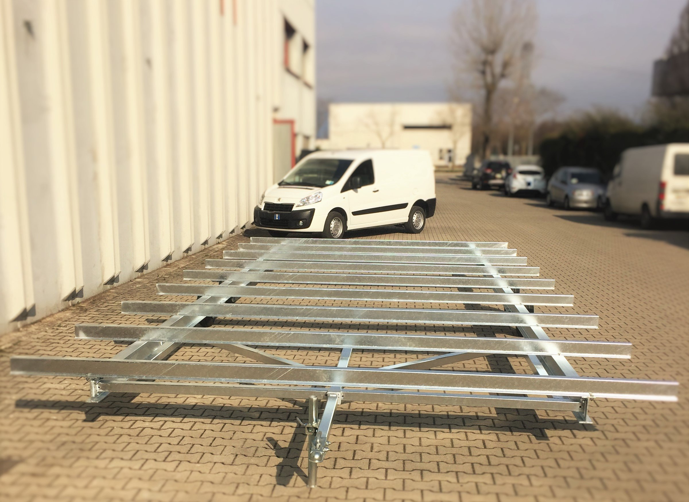 Chassis for mobile home, chassis for caravan